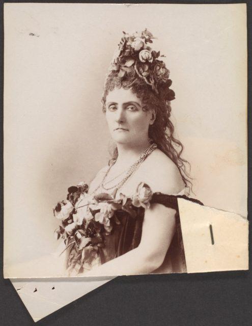 [Countess de Castiglione]