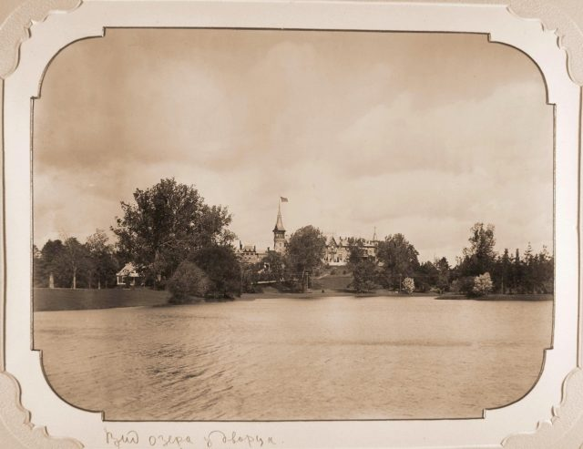 View of the Belovezhsky Palace from the side of the pond, arranged in the park according to the project of Valery Cronenberg in 1895.