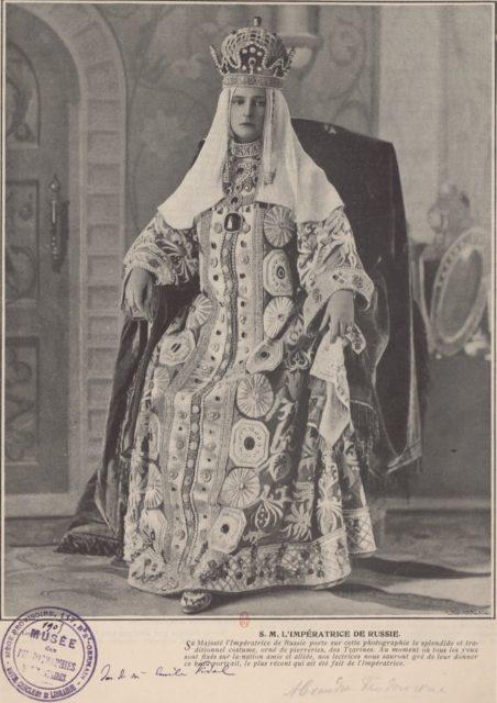 Empress of Russia Alexandra Feodorovna, Russian Costume