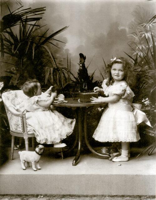 Grand Duchesses Tatiana and Olga. 1898 .