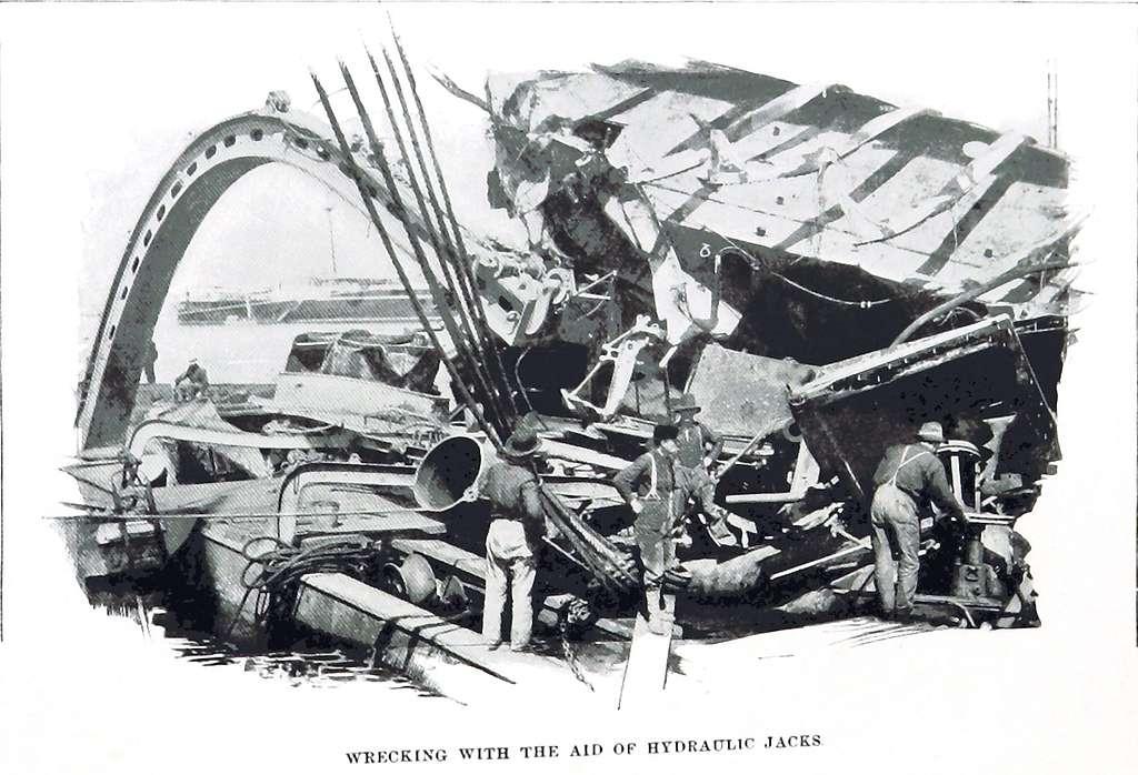 Maine wrecking