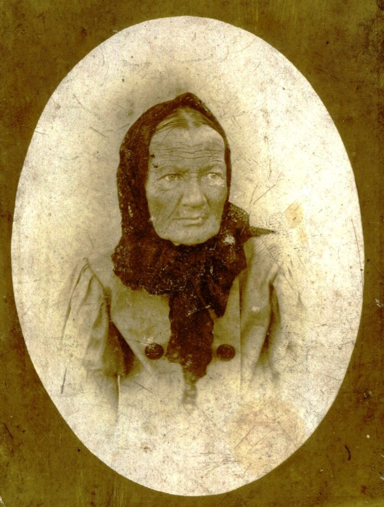 """Portrait of an old woman. On the back there is an inscription """"Died October 7 at 9 am 1899"""". Murom"""