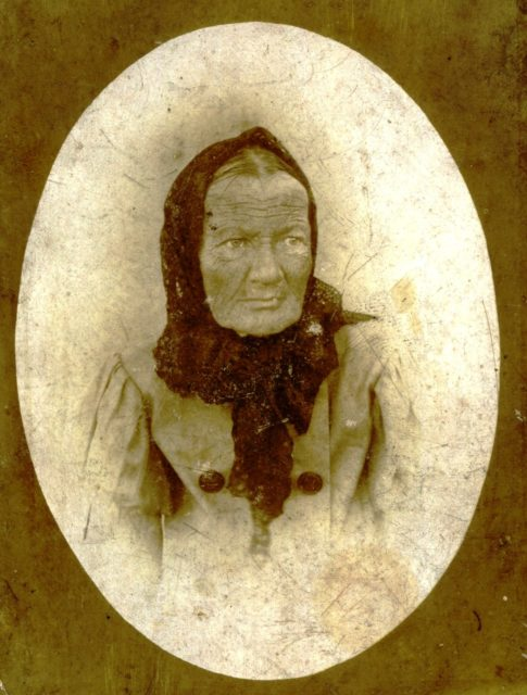 "Portrait of an old woman. On the back there is an inscription ""Died October 7 at 9 am 1899"". Murom"