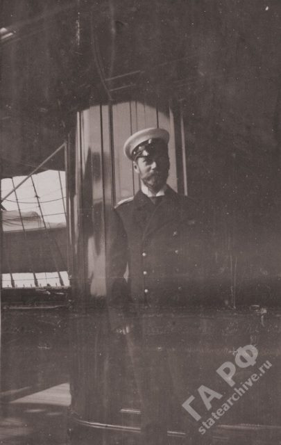 Amateur photo of Nicholas II traveling on a yacht the Standard 1899-1900.