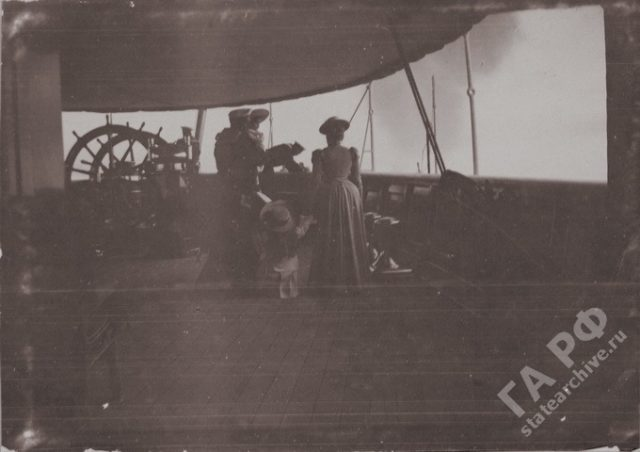 Family of Nicholas II on Imperial yacht Standard, 1899-1900.