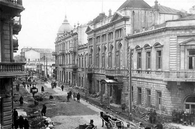 Central Street. Baku.