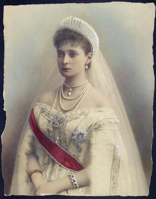 Empress Alexandra Feodorovna 1900