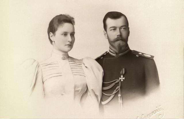 Empress Alexandra Feodorovna and Nicholas II 1900