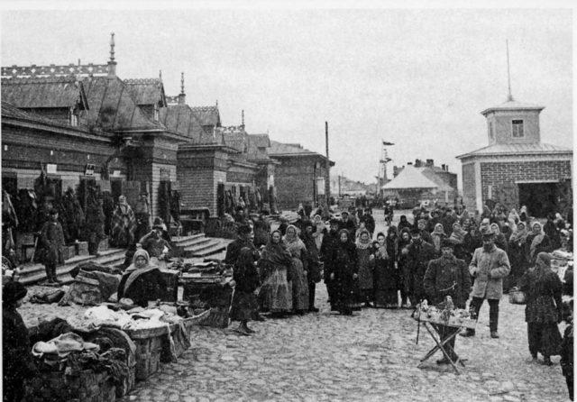 Market. Port of Arkhangelsk (Archangel)