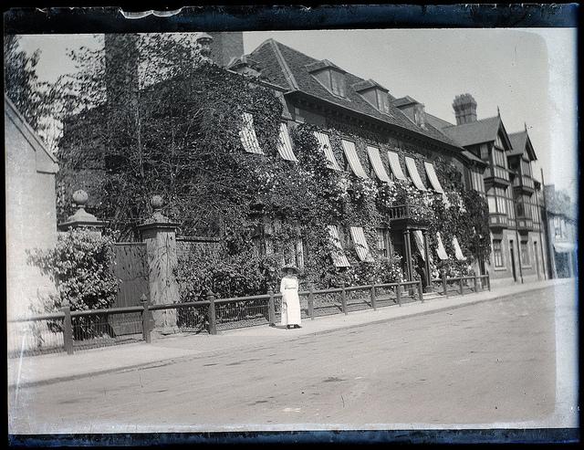 Mason Croft, Stratford-upon-Avon