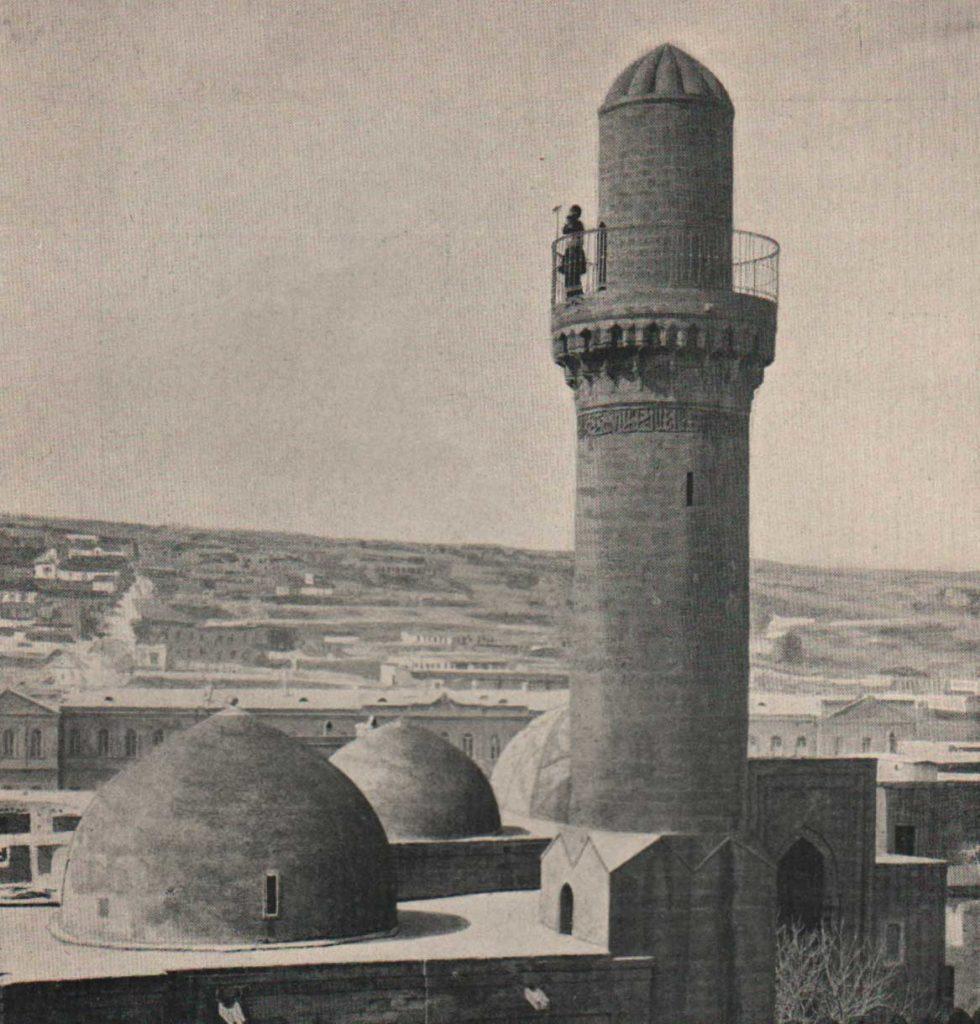 Old Baku. Muezzin. Muslim Quarters.