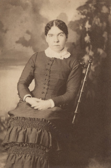Portrait of woman, date unknown