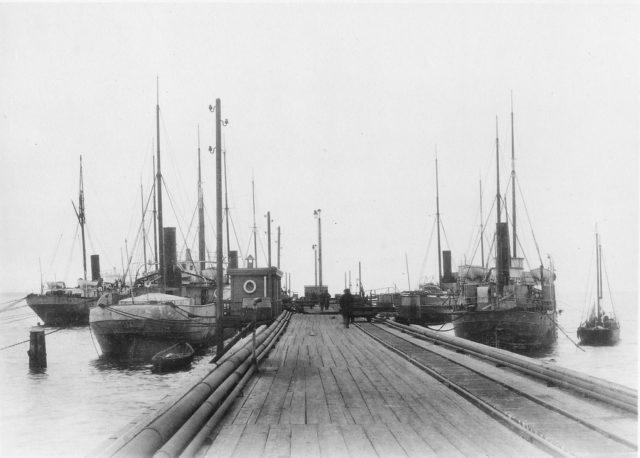 Ships in the port. Baku