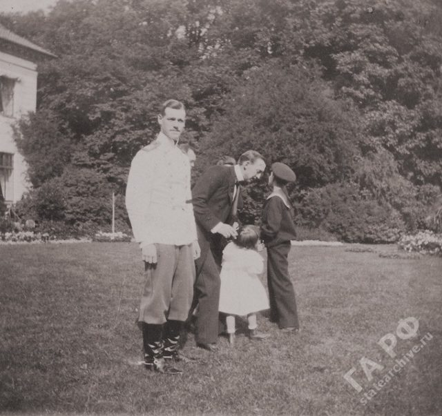 The family of the Russian Emperor Nicholas II visited his relatives in Germany. Amateur photos from the album of the Romanov family 1899-1900.