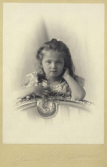 Grand Duchess Olga Nikolaevna. The first daughter of Emperor Nicholas II and Empress Alexandra Feodorovna. Photo of Levitsky, 1901.