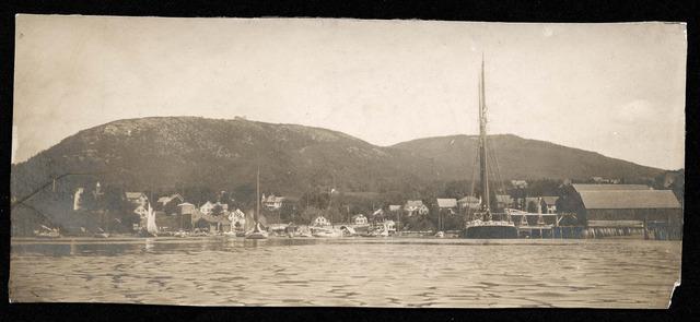 Mt Battie and shipyard 1902