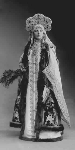 Countess Sofya Alexandrovna Ferzen, born. Princess Dolgorukaya (Boyarynya XVII century)