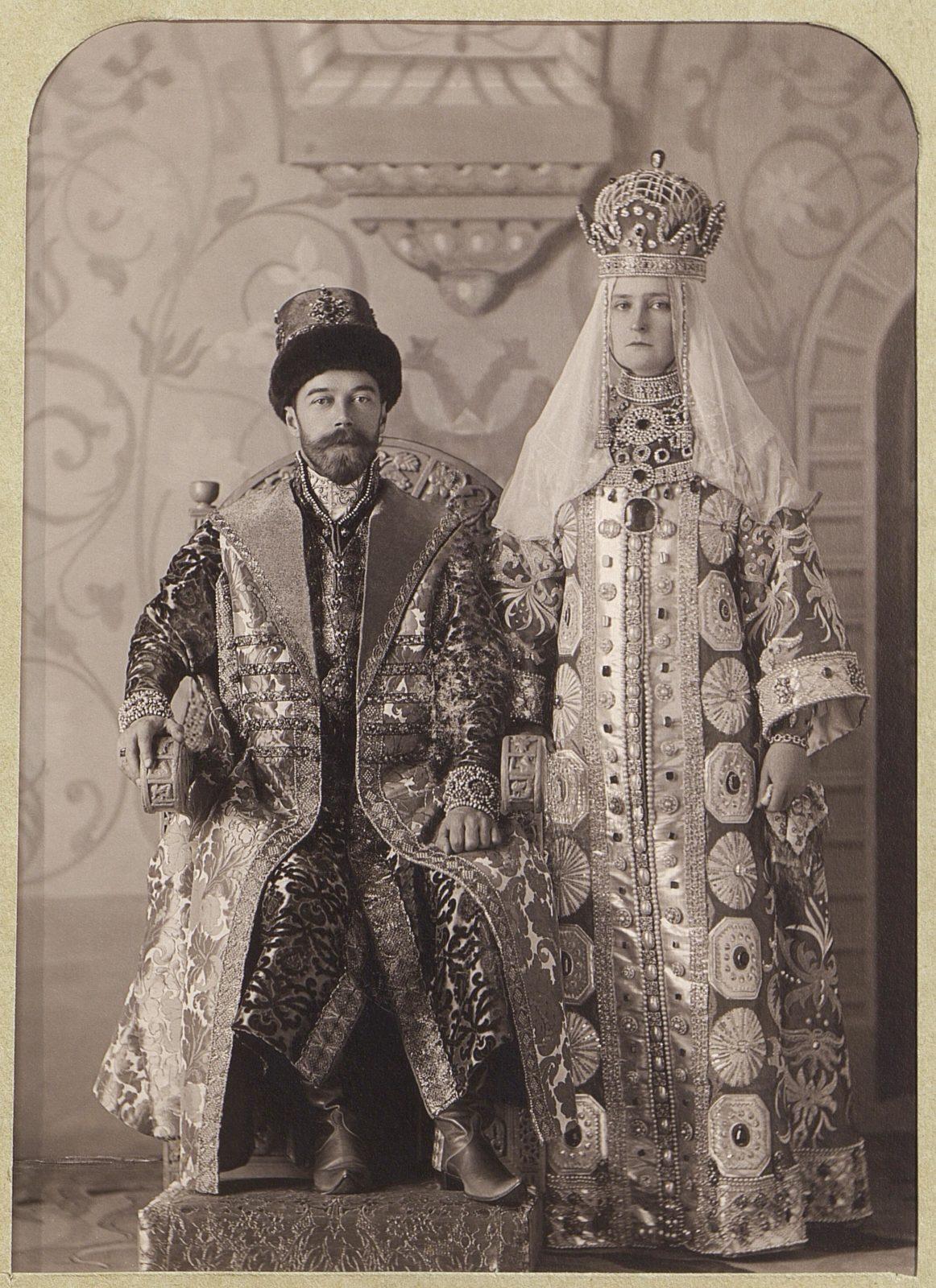 In Russian costume: Nicholas II and Alexandra Feodorovna .1903.