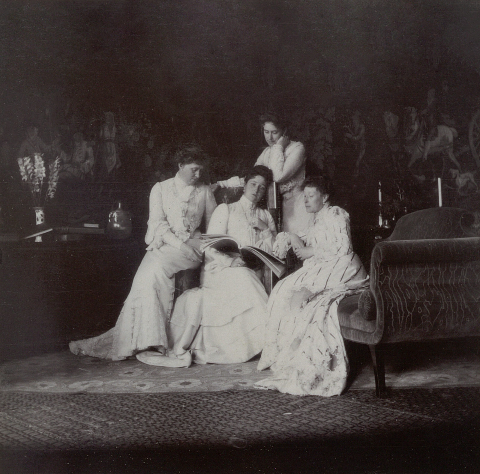 Empress Alexandra Feodorovna with sisters. 1903.