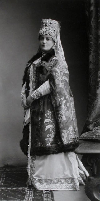 The Most Serene Princess Ekaterina Vladimirovna Golitsyna, born. Countess Musina-Pushkin (Boyaryn XVII vkoka)