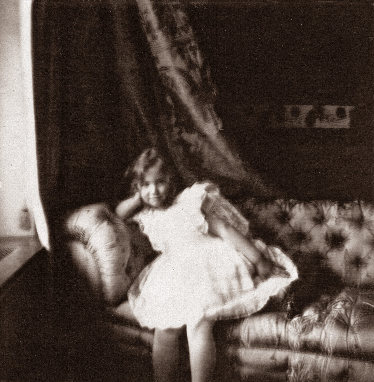 Grand Duchess Maria Nikolaevna. The third daughter of Emperor Nicholas II and Empress Alexandra Feodorovna. At home. Photo of 1904 year.