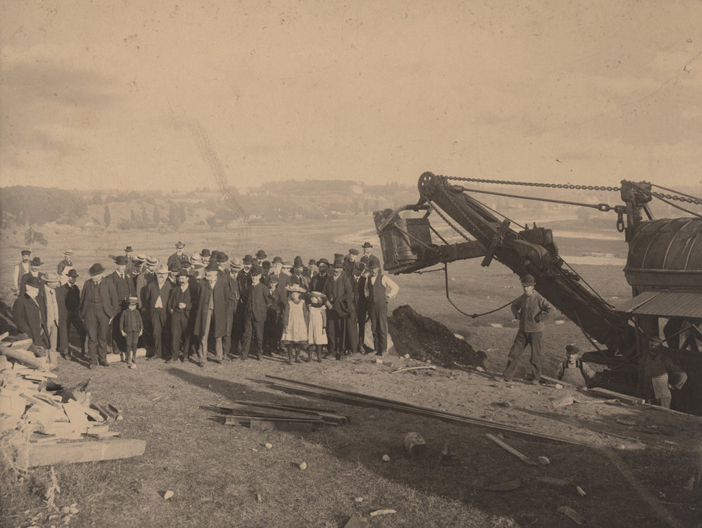 Turning first sod, Goderich and Guelph Railway, September 12, 1904