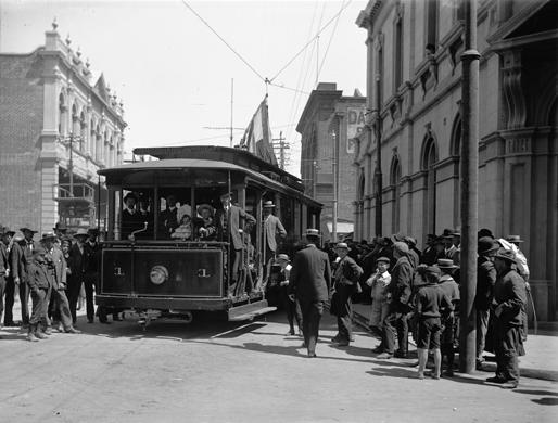 Fremantle tram 01