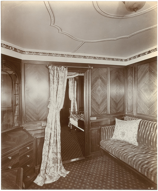 [En suite room, view of parlor]