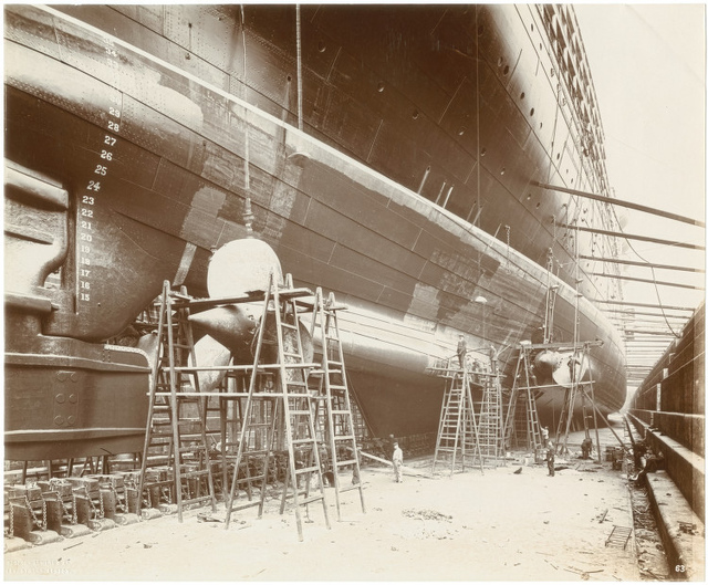 [Side view of Lusitania showing the launching cradle and the propellers]