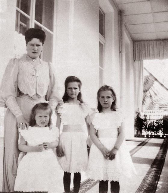 The Grand Duchesses Tatiana, Maria and Anastasia. Daughters of Emperor Nicholas II and Empress Alexandra Feodorovna. Photo of 1905.