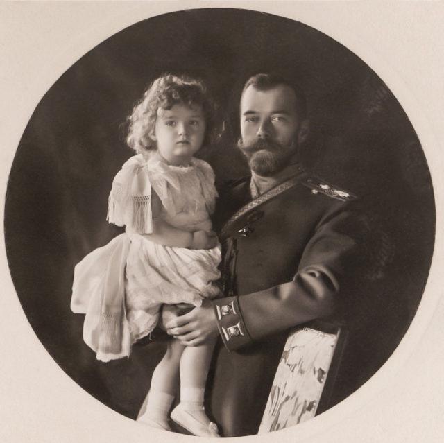 Emperor Nicholas II with Tsesarevich Alexei Nicholaevich. 1906.