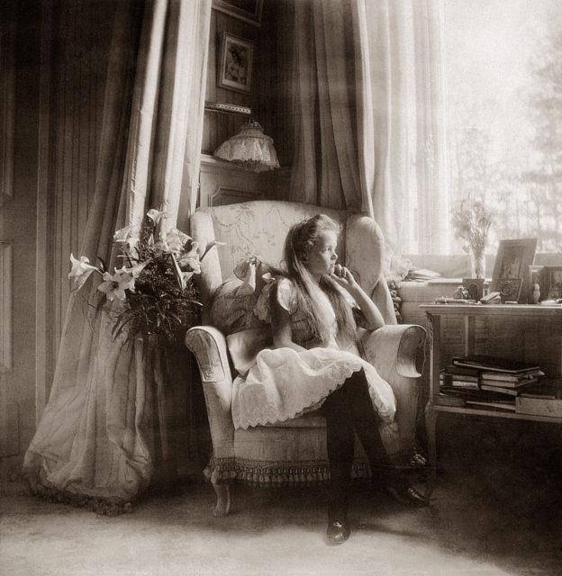 Grand Duchess Olga Nikolaevna. The first daughter of Emperor Nicholas II and Empress Alexandra Feodorovna. At home. Photo of 1906 year.