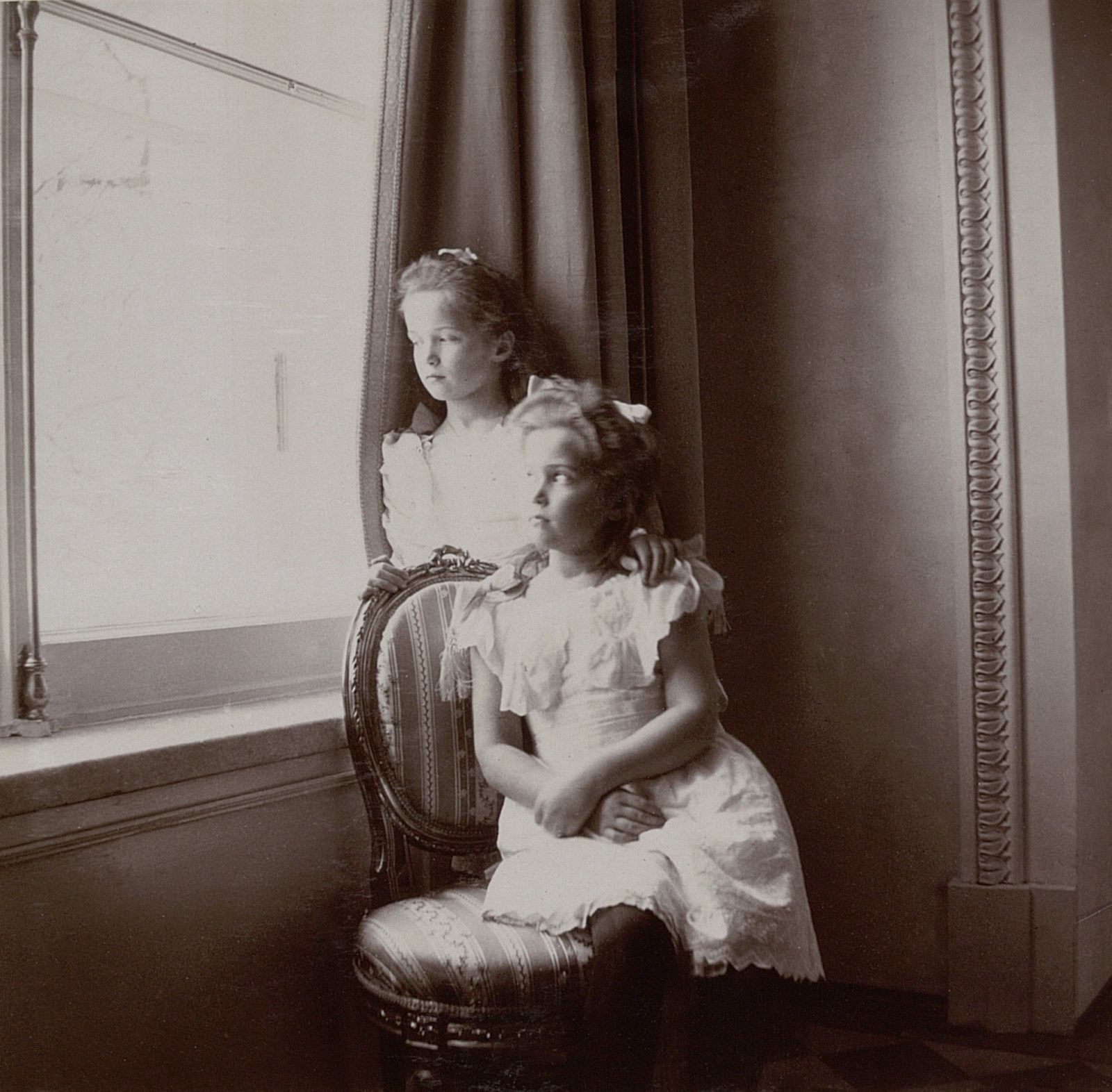 Grand Duchesses Olga and Maria 1905-1906.