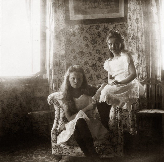 Grand Duchesses Olga, Maria