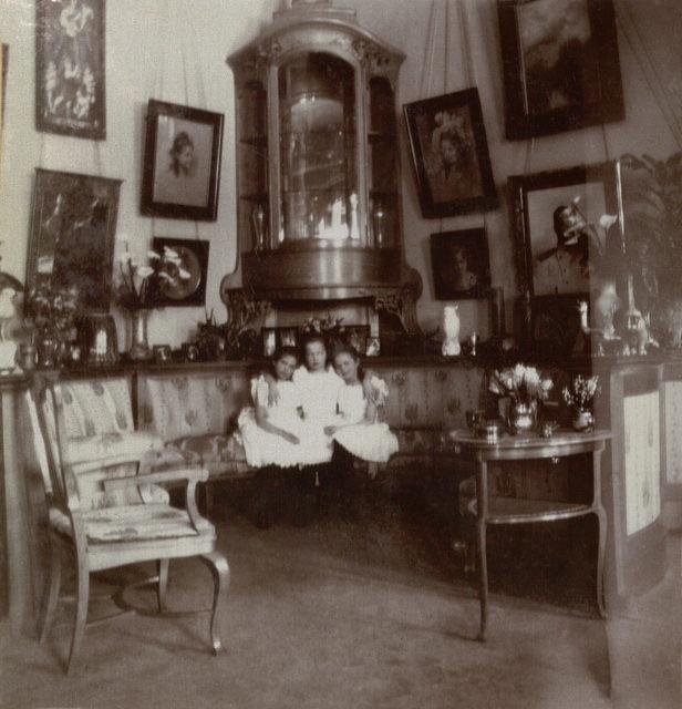 Grand Duchesses Olga, Tatiana , Maria. 1905-1906.