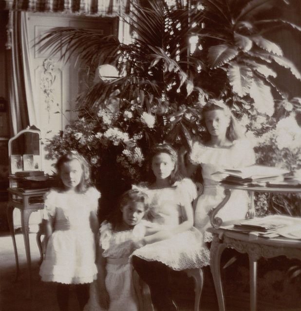 The Grand Duchesses Olga, Tatiana, Maria and Anastasia. Daughters of Emperor Nicholas II and Empress Alexandra Feodorovna. Photo of 1905-1906.