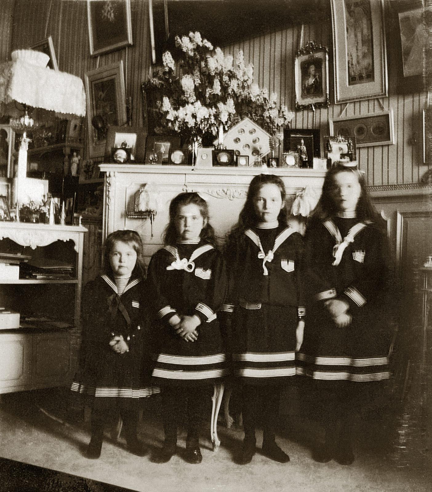 The Grand Duchesses Olga, Tatiana, Maria and Anastasia. Daughters of Emperor Nicholas II and Empress Alexandra Feodorovna. Photo of 1906.