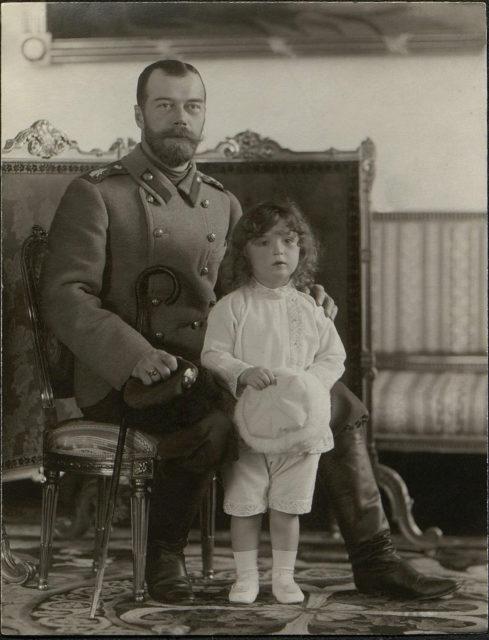 Emperor Nicholas II with Tsesarevich Alexei. 1907.
