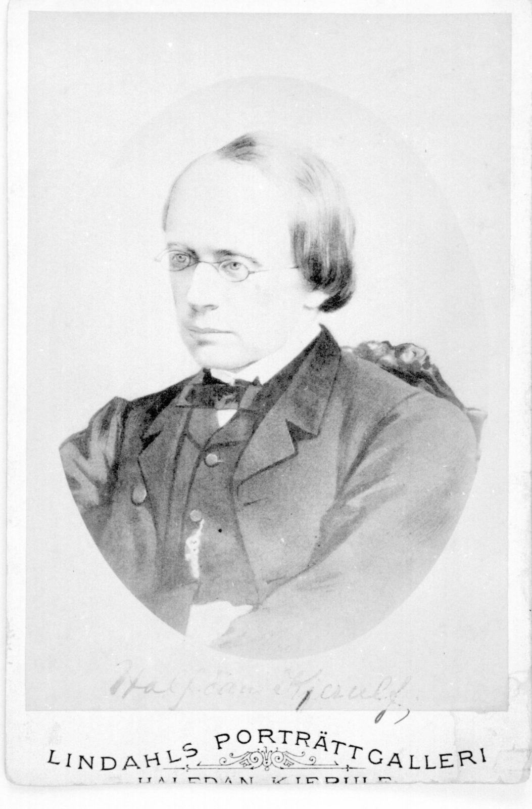 Halfdan Kierulf portrait