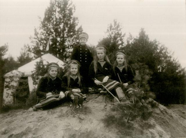 The Grand Duchesses Olga, Tatiana, Maria, Anastasia, Tsarevich Alexei.