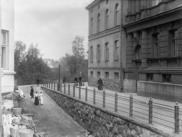 I.K. Inha, Helsinki d2005_132_722