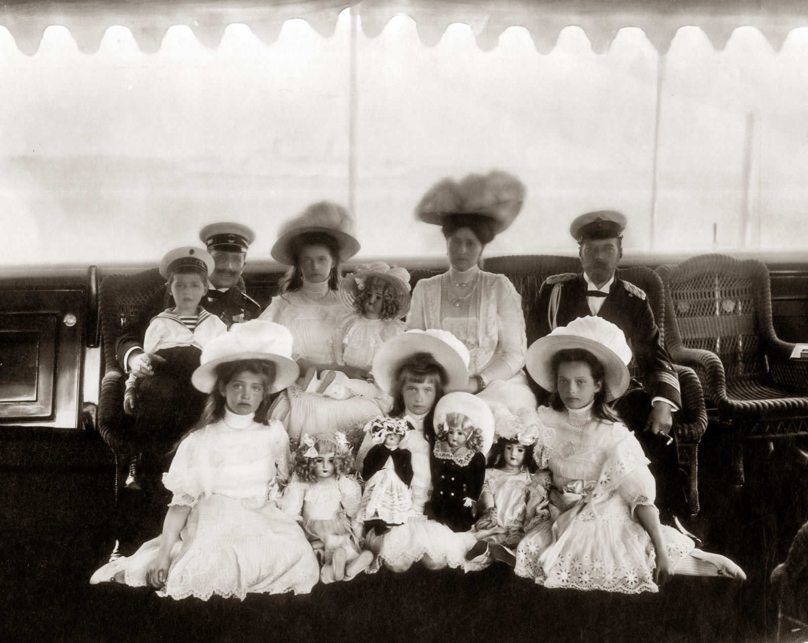 Imperial Family of Russia and Kaiser Wilhelm II. 1909.