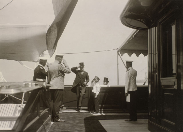 """Nicholas II meets members of the British royal family, who board the Imperial yacht """"Standart""""."""
