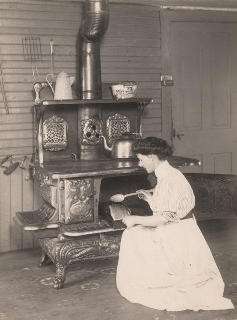 Basting the roast, 1910