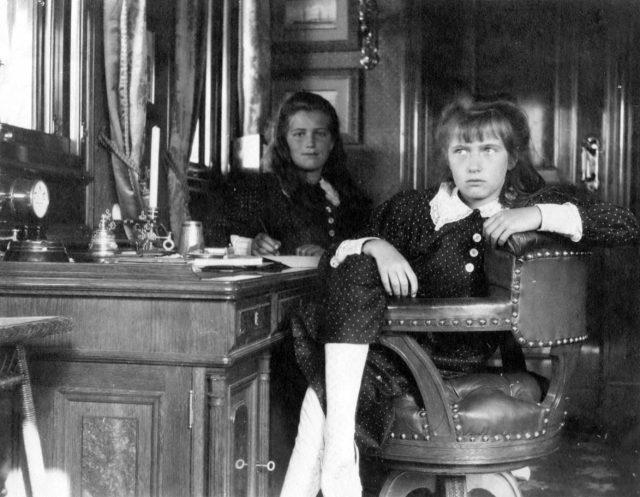 Grand Duchesses Maria & Anastasia