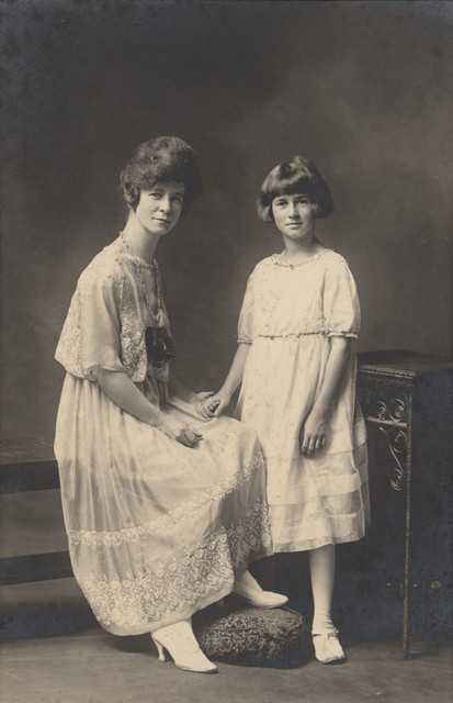Portrait of Clara and Verna Sallows, date unknown