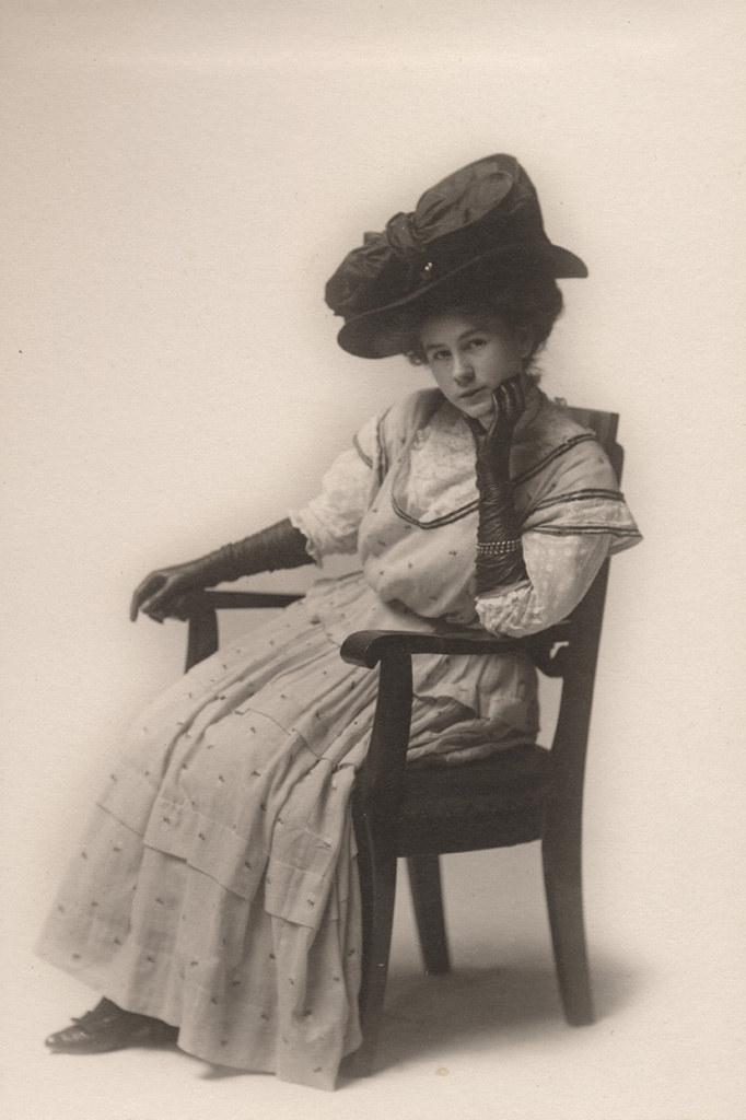 Портрет дочери Флоренс Саллоуз, дата неизвестна