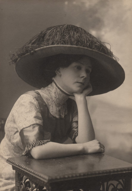 Portrait of Flo Saunders, date unknown