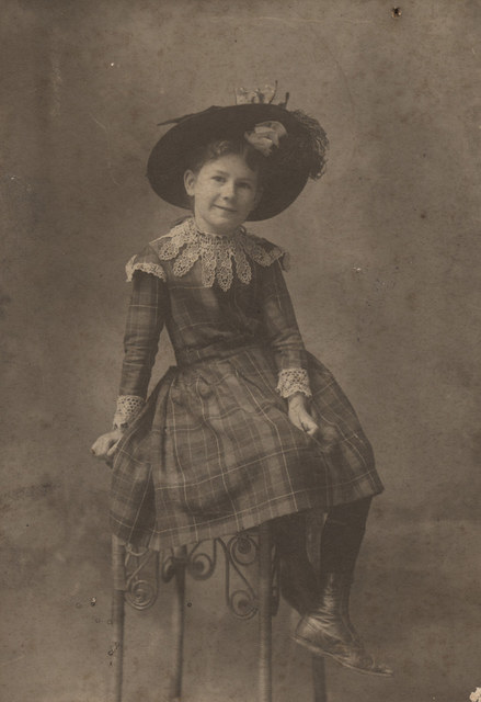 Portrait of Florence Irene Sallows, date unknown