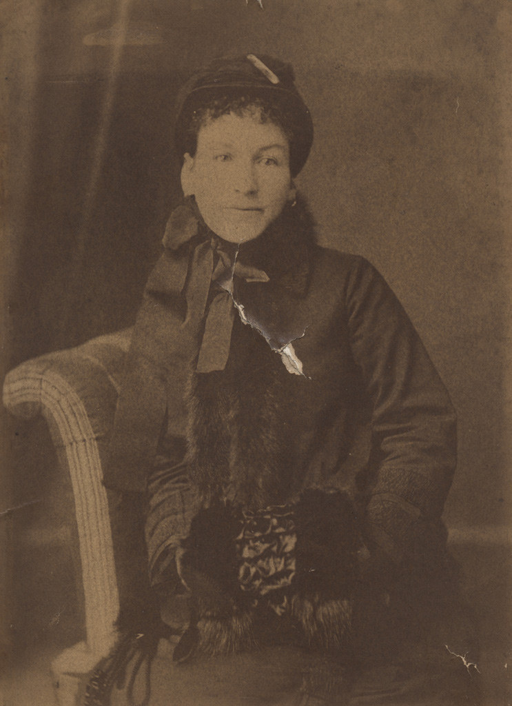 Портрет молодой женщины, дата неизвестна